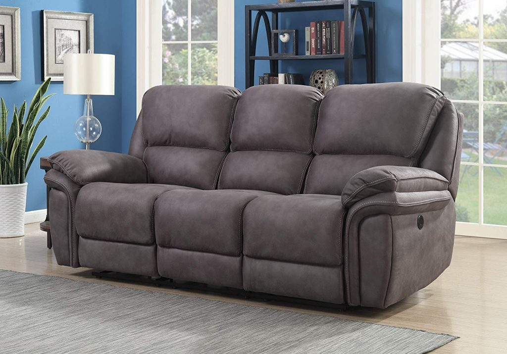 7 Best Reclining Sofas - Perfect for Lounging with Family and Friends!