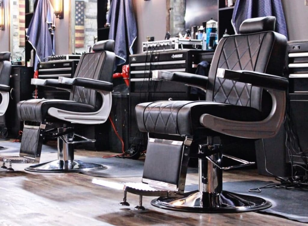 10 Best Barber Chairs - Comfortable and Professional!