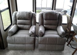 10 Most Marvelous RV Recliners – Having a Rest After a Long Trip!
