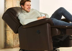 7 Best Recliners for Short People – Design That Cares!