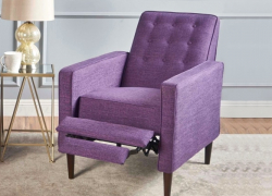 7 Best Small Recliners – Space Saving and Comfortable